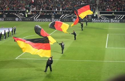 Deutsche Nationalmannschaft bleibt Erster der Weltrangliste