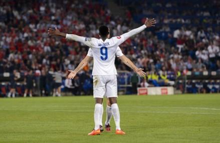 EM-Gruppe E: England behauptet die Tabellenspitze